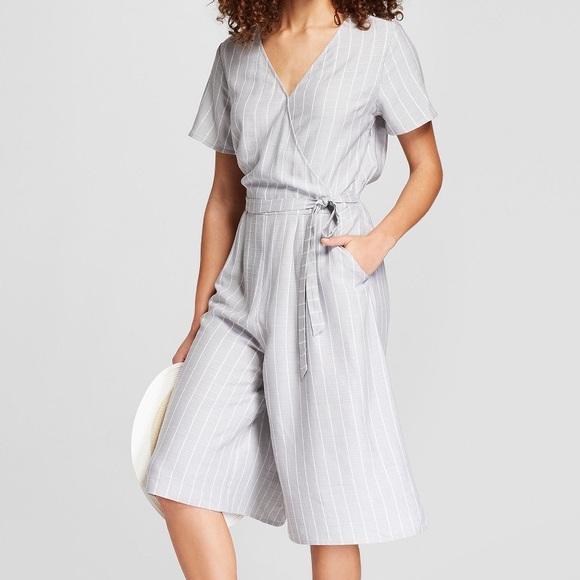 a610639fc34 Women s Striped Short Sleeve Tie Waist Jumpsuit NWT